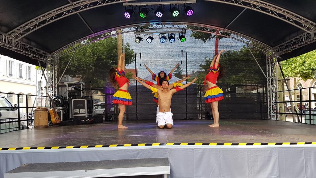 "Der ""Mapalé"" Tanz aus Kolumbien, ""Internationales Stadtfest"" in Rastatt"