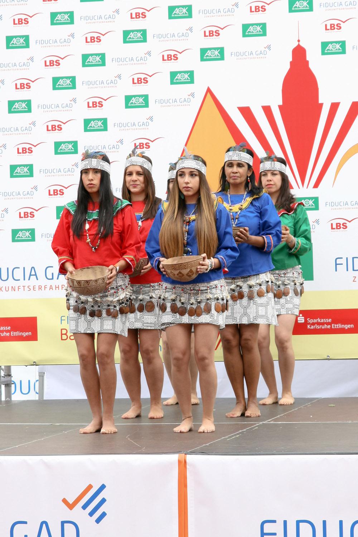 "Tanz ""la Anaconda"" aus Peru, karlsruhe Tanzmarathon"