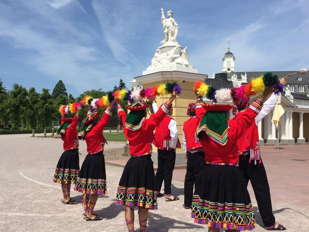 "Tanz ""Valicha"" aus Peru"