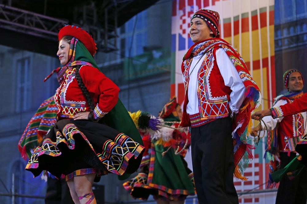 "Tanz ""Valicha"" aus Peru, Veranstaltung Folkloria"